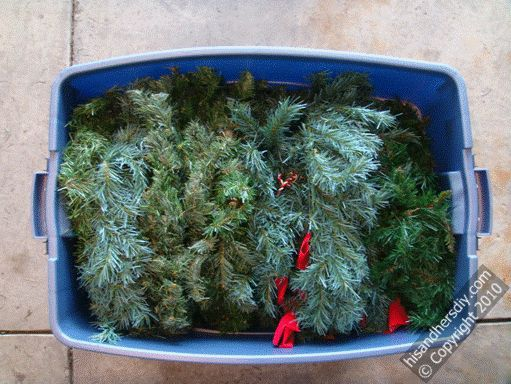 wreath-container