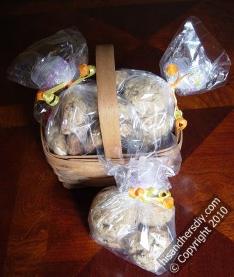 individually-wrap-cookies-for-gifts