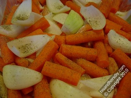 season-carrots-and-onions-in-oven-bag