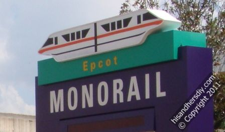Monorail-Transportation-at-Disney