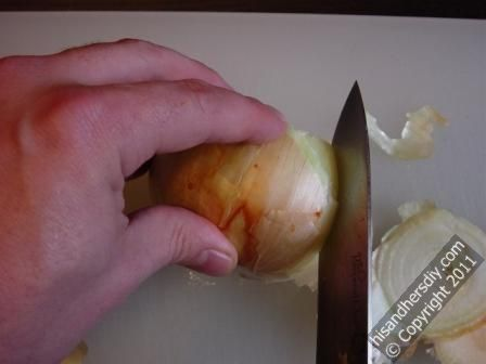 slice-into-side-of-onion